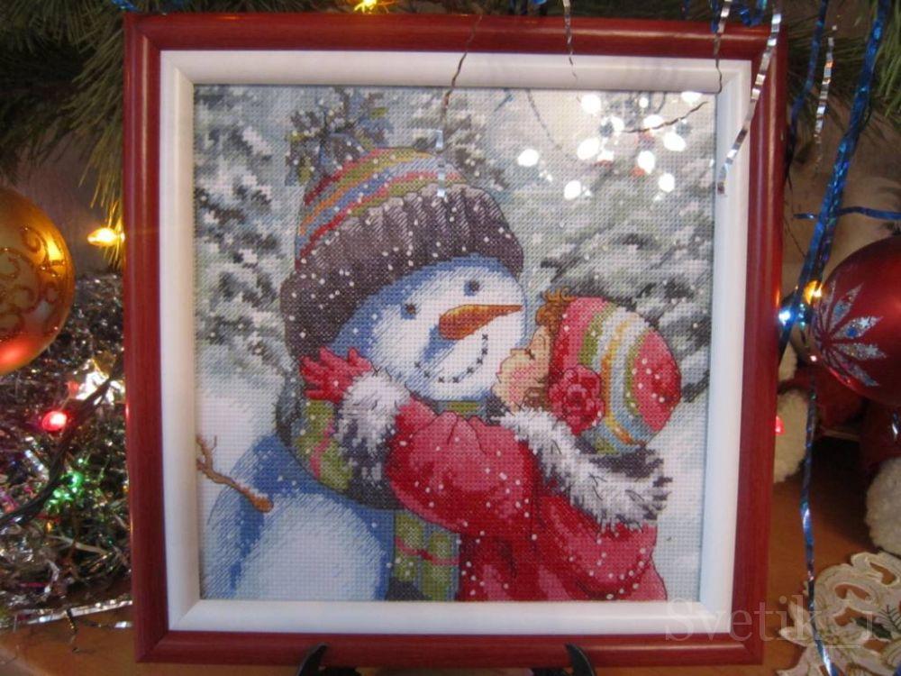 Поцелуй для снеговика.Очень легкая., душевная и веселая вышивка.  Даже куча французских узелков не огорчили!