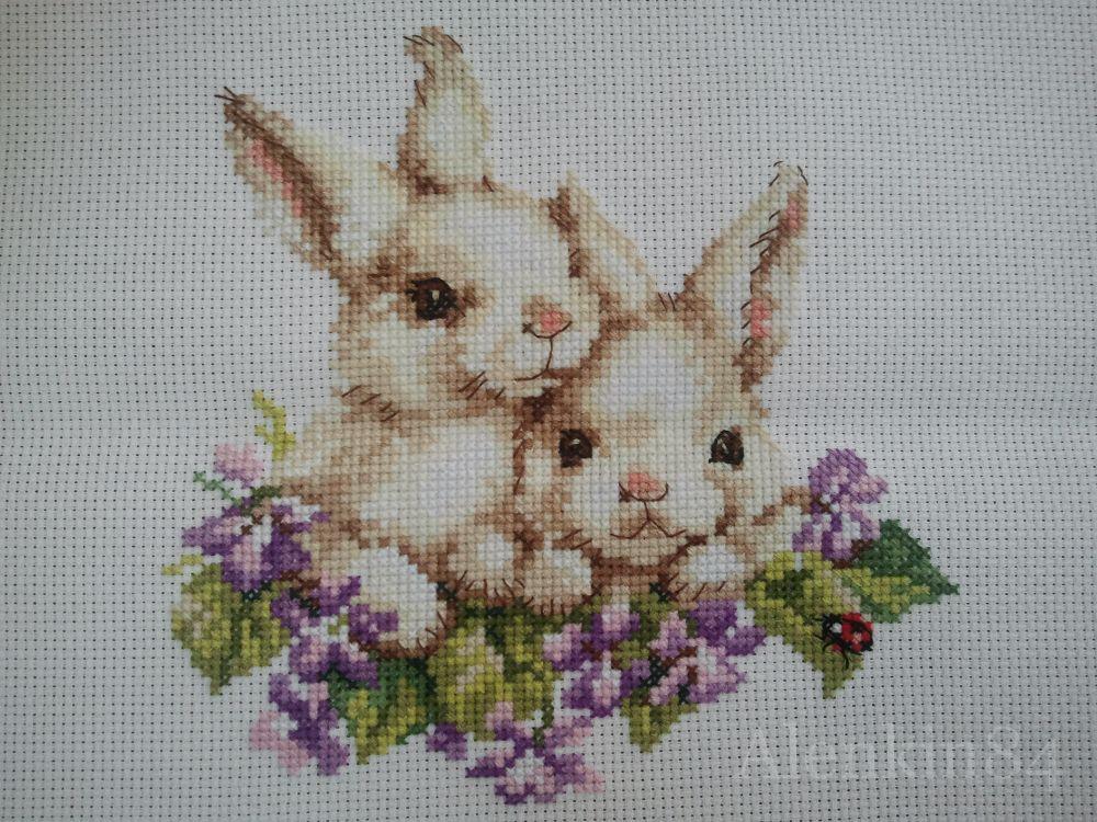 Алиса кролики вышивка 118