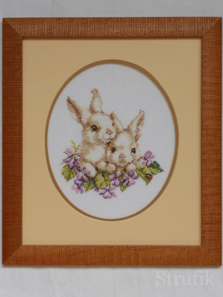 Алиса кролики вышивка 99