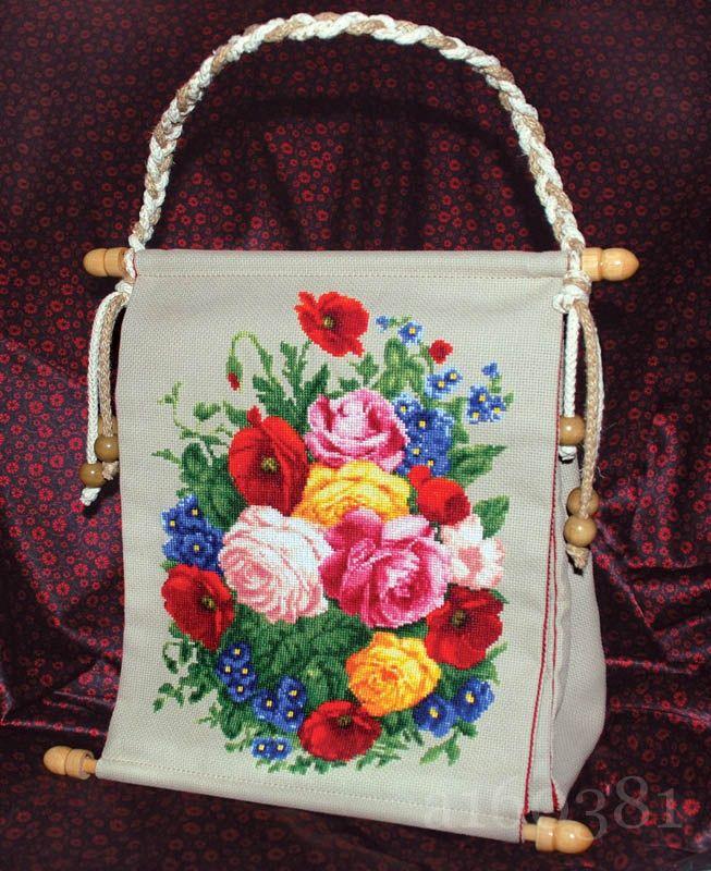 Сколько весит женская сумка?